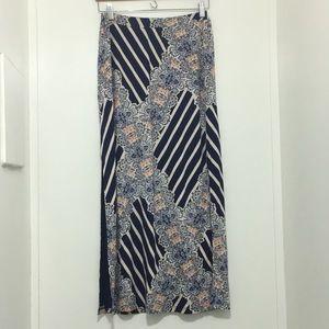 Dresses & Skirts - Maeve Paisley maxi skirt size medium
